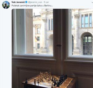 Šahovska tabla u kancelariji u Berlinu